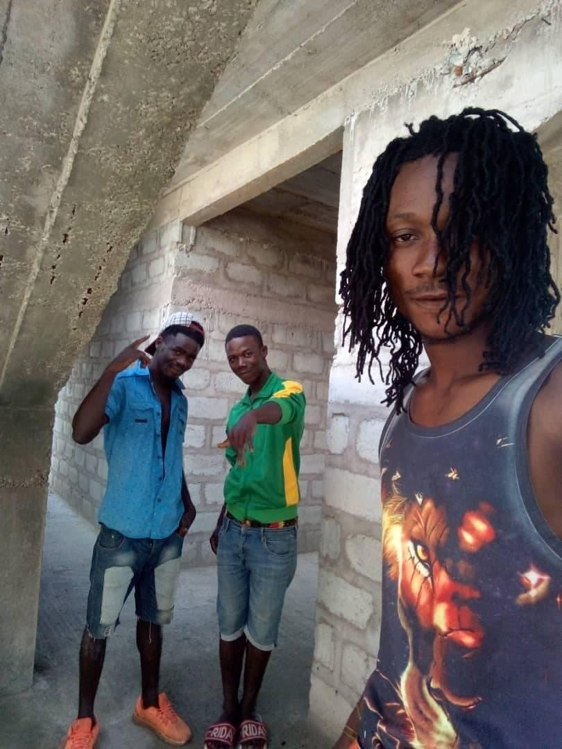 raster Life style we live everyday,,,   me and ma friends in de getto